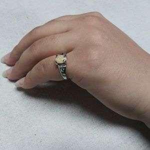 Jewelry - Fashionable Ring 💍